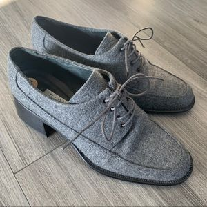 Nickels Wool Laced Up Heeled Oxford Shoe